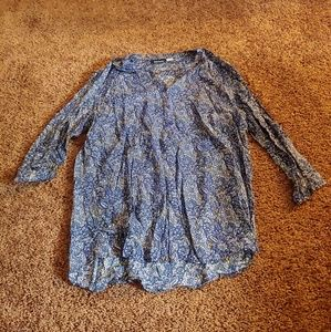 Basic editions blue&white floral blouse